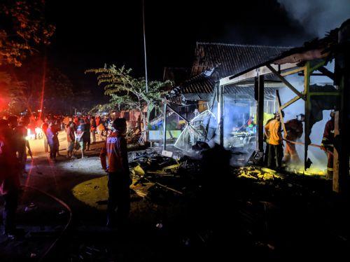 Polisi Hadiahi Timah Panas Pelaku Pembacokan dan Pembakaran di Pasar Wisata Pangandaran