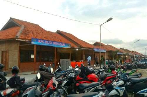 Sentra Seafood Pamugaran Pangandaran Resmi Di Buka