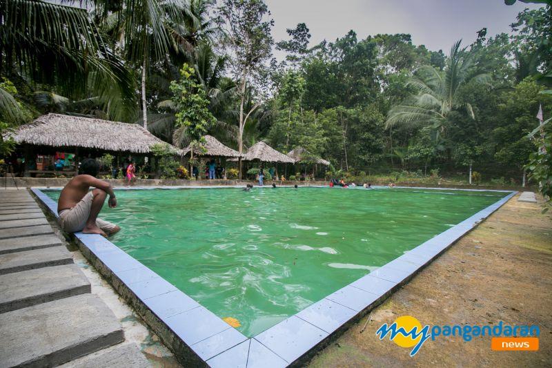 Seru! Menikmati Sumber Mata Air Alami Kalibelo di Kecamatan Sidamulih Pangandaran