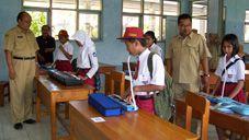 Siswa dan Guru di Pangandaran Berlomba ke Kabupaten