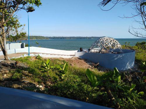 Spot Foto Baru di Pantai Karapyak Diburu Youtuber Pangandaran