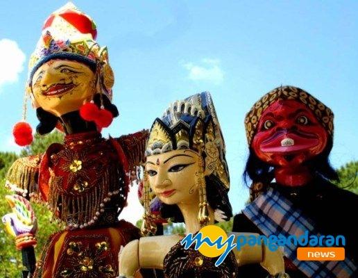 Syukuran Songsong Kelahiran Kabupaten Pangandaran, Wayang Golek Siap Dipentaskan