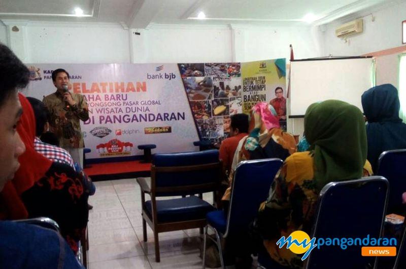 Tingkatkan Minat Wirausahawan Muda Kadin Pangandaran Gelar Pelatihan Kewirausahaan