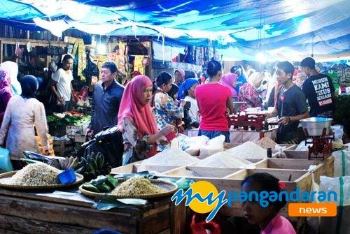 Tradisi Munggahan, Pasar Tradisional Ramai Pengunjung