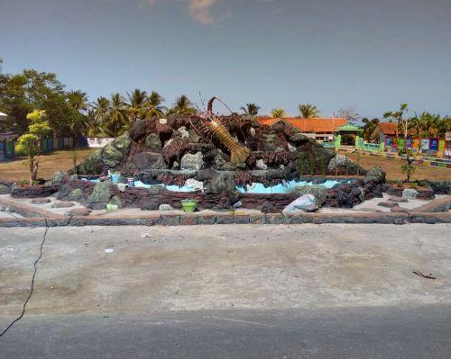 Unik, Ada Penampakan Udang Lobster Besar di Bagolo Pangandaran