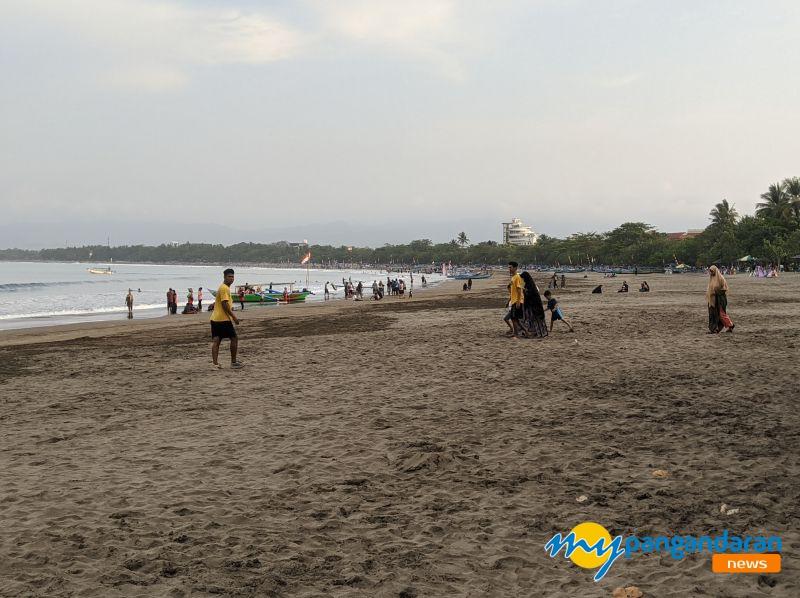 Sehari Setelah Lebaran, Objek Wisata Pantai Pangandaran Lengang