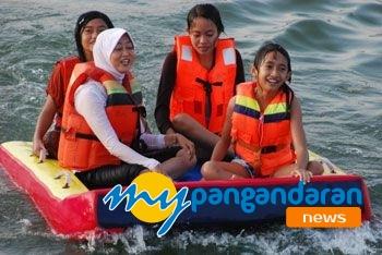 Wisatawan Mulai Serbu Wisata Olahraga Air di Pantai Timur